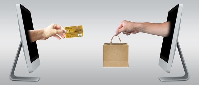 notebooky ukazujúce online obchodovanie.jpg