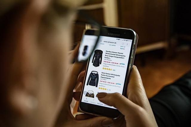online obchod v mobile.jpg