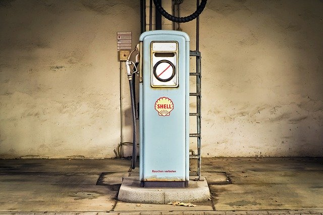 benzínová pumpa.jpg