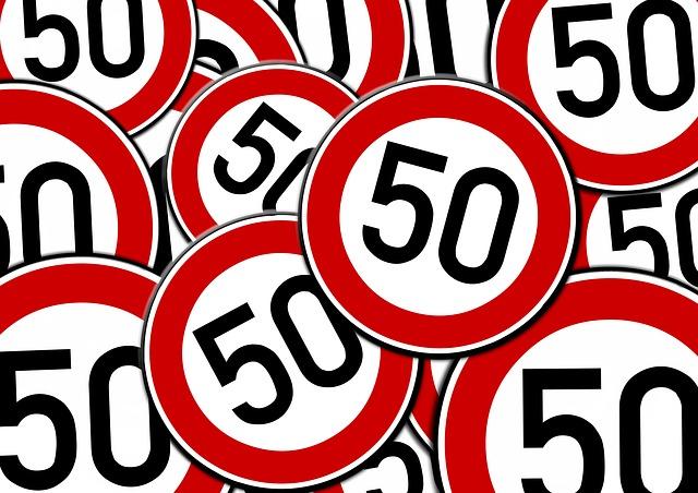 Dopravné značky s číslom 50.jpg