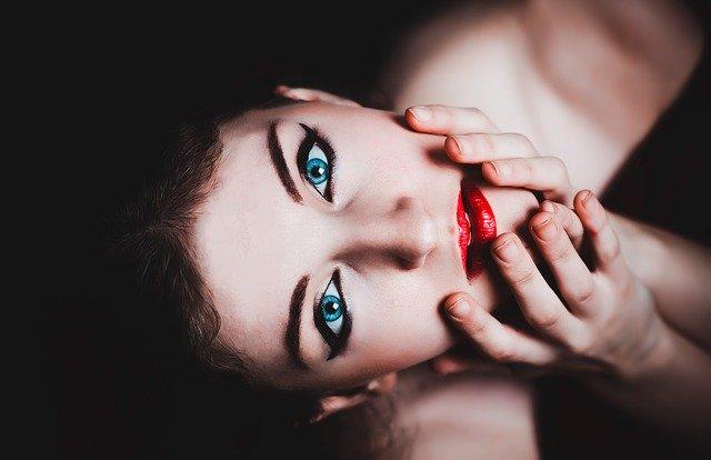Žena, pohľad, modré oči